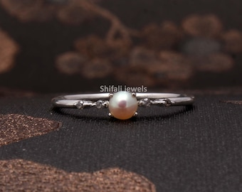Handmade Statement  Artistic Ring Sterling Silver Gold Plated Unique  Gift White and Black Pearl Ring June Birthstone Flat Rough Pearl