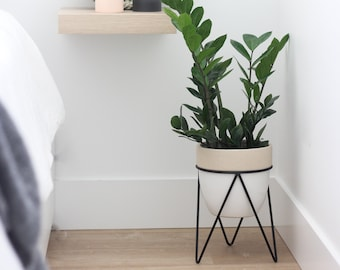 White ReallyPow Floor Plant Pot Stand Plant Rack Multi-Function Iron Art Flowerpot Base Holder Rack for Balcony Living Room Decor