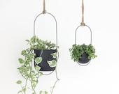 Minimalist Matte Black Metal Oval Hanging Planter