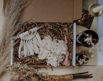 Original Macrame Gift Box Set | Medium Size | Macrame Coasters | Custom Birthday Gift for Her | Boho Keychain | Fiber Art