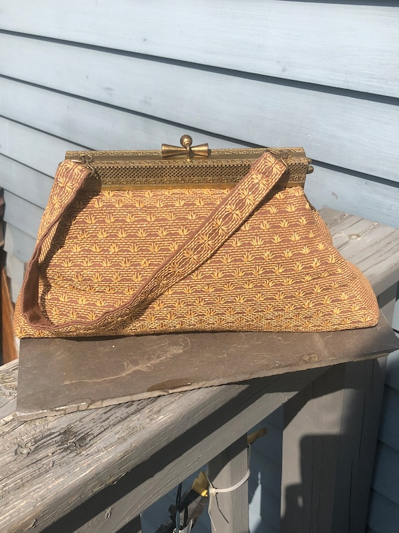 Vintage gold lamé purse