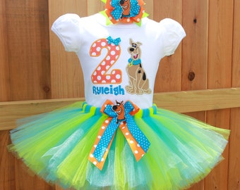 Custom Embroidered Birthday T-shirt or Onesie /& Tutu SetUnicorn Onesie or Tshirt Design with personalized nameTulle tutu with ribbon