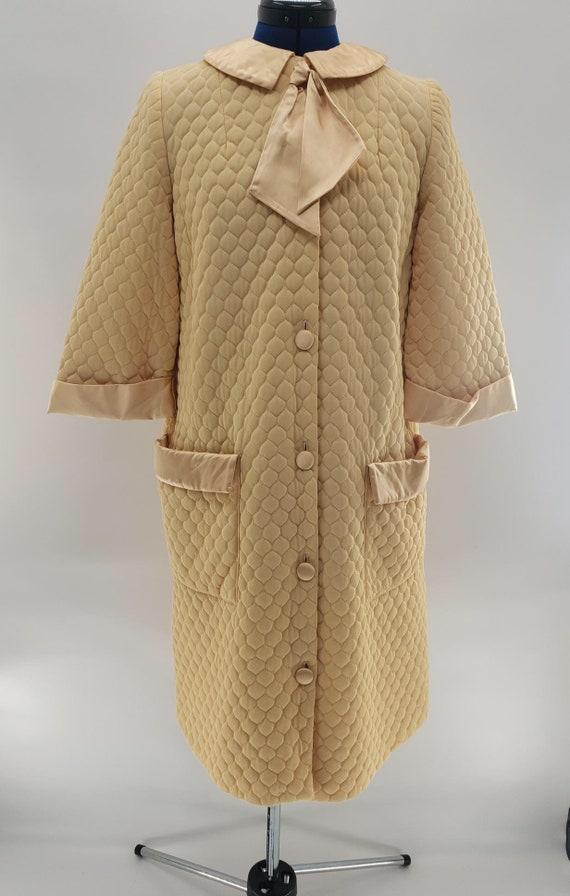 Vintage 1960's Gossard Artemis Housecoat