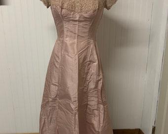 Vintage 1950's Pink Taffeta Dress