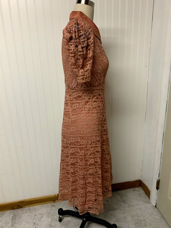 1940's Pink Lace Dress - image 7