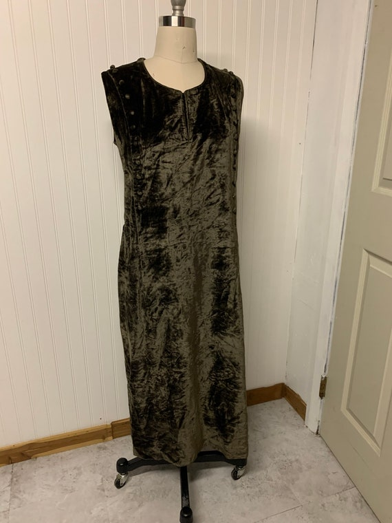 Vintage Velvet Sheath Dress