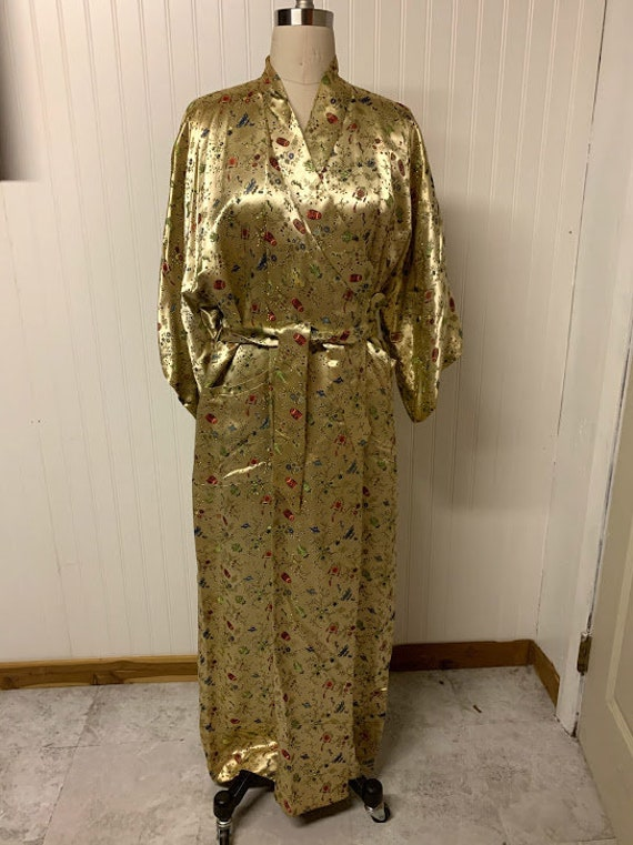 Vintage Chinese Brocade Robe