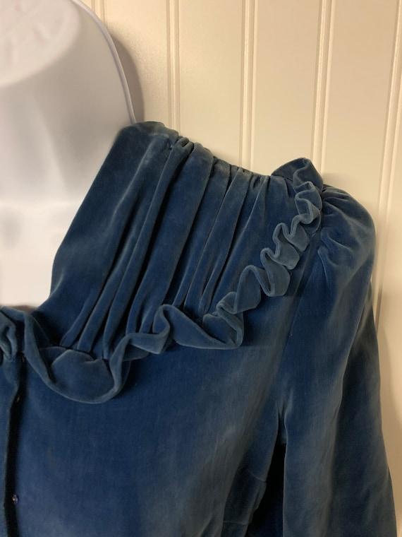 1930's Dropped Waist Velvet Dress - image 2