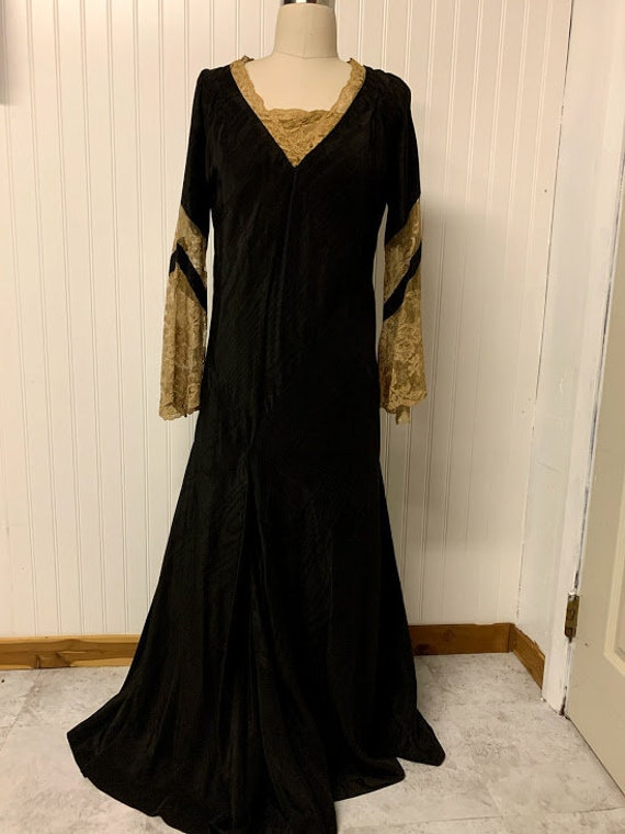 Vintage 1930's Dressing Gown and Slip