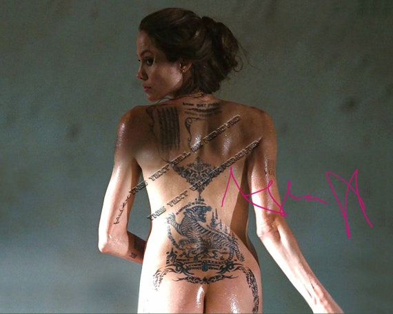 Sexy angelina jolie nackt