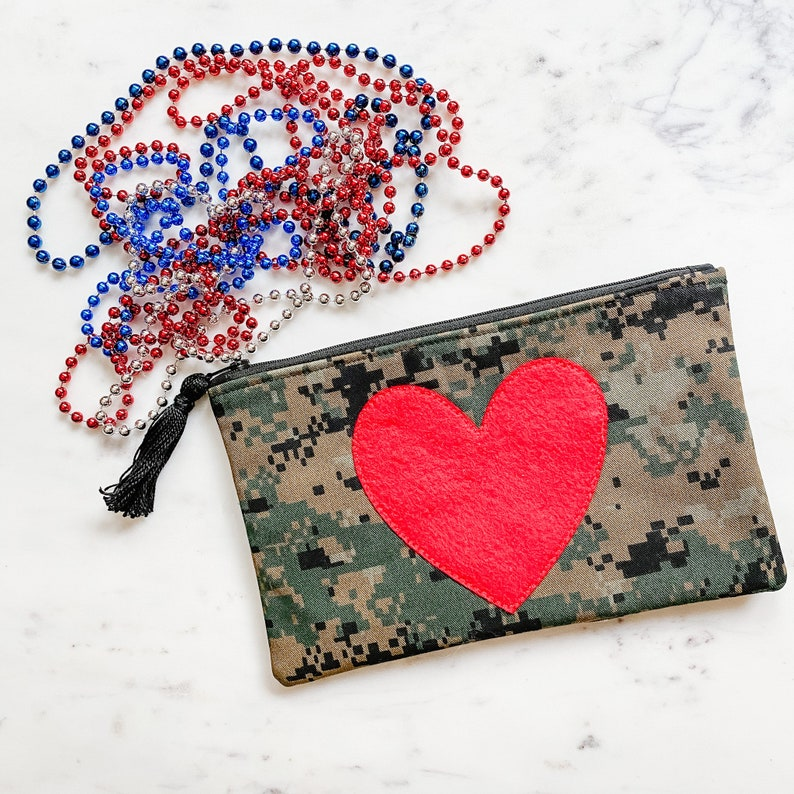 Gift for Girlfriend US Marine Marpat Zip Pouch USMC Hobbyist License 21090 Woodland Camouflage Fabric Pencil Pouch Mother of Marine