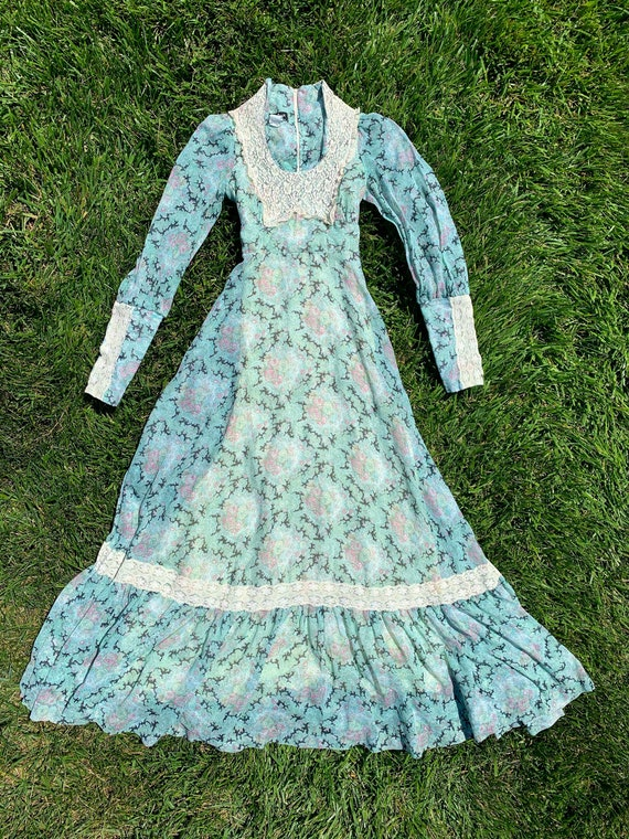 BLACK LABEL Gunne Sax Prairie Dress with Queen's C