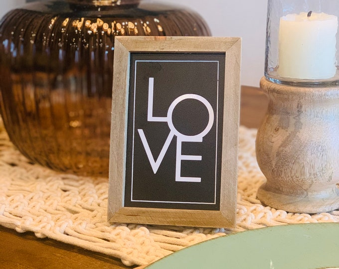 Mini Love Sign