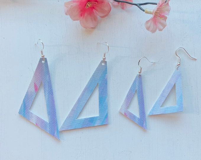 Triangle Cutout Brushstroke Faux Leather Earrings