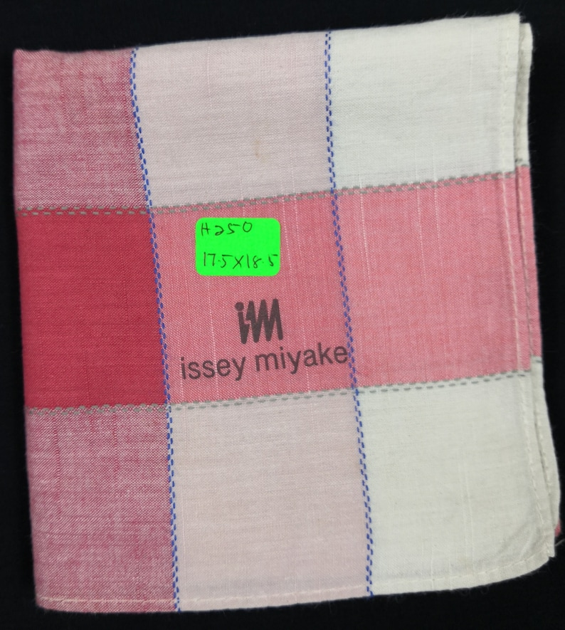 Issey Miyake Handkerchief Pocket Square Accessories Scarf Silk Scarf Floral Face Mask Luxury