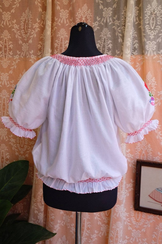 Hand embroidered Hungarian 1990's. - image 10