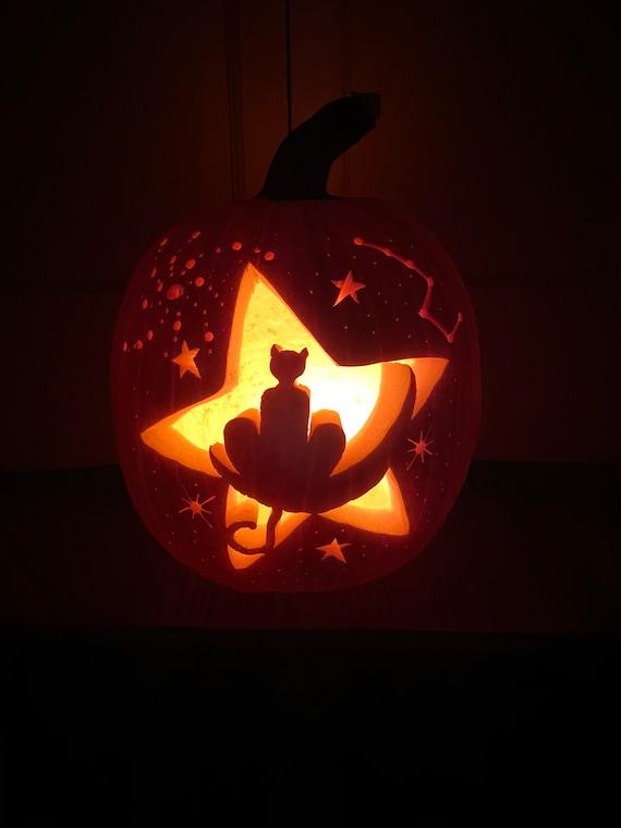 Star Gazer Kitty Carving Pattern