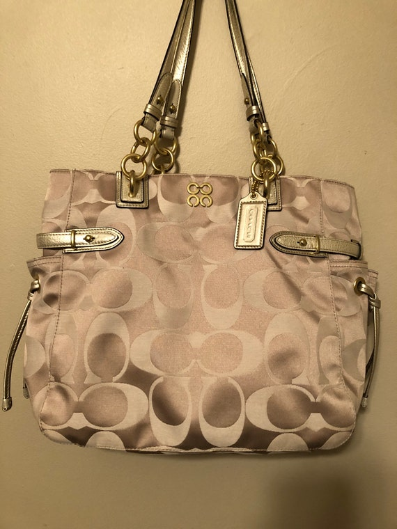 Stunning white gold Coach bag