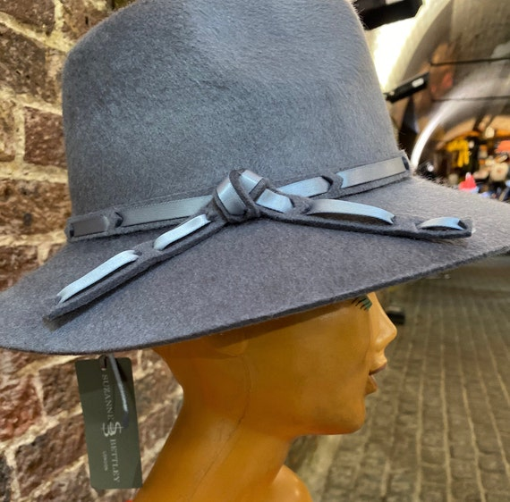 1970s style new satin weave Fedora hat by Suzanne