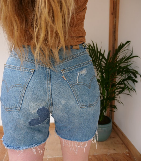 long vintage shorts high waist baggy Short up cycled patchwork embroidery size 30 shorts faded jeans