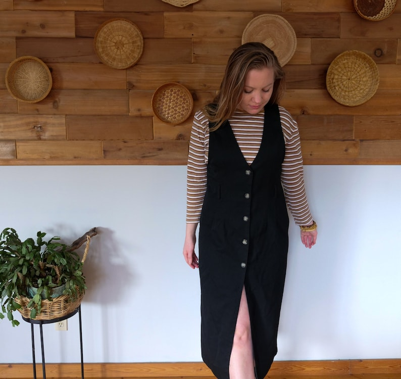 M  US 4-6 Vintage 1990s Black Overall Pinafore Styled Button Up Dress 90s Canada Sustainable Slow Fashion Thrift Thrifted Womens Size S