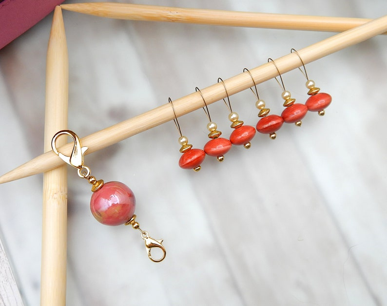 Peach Knitting Stitch Markers Size 10 Set of 5 with Double Sided Keeper Clip Snag Free Beaded KnittingCrochet Notion Medium