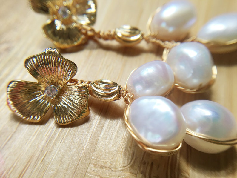 Bridesmaid Gifts Mother/'s Day Gift 18K Gold Plated Pearl Flower Bridal Earring Wedding Jewelry Freshwater Pearl Earring