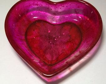 Love Chasm Resin Heart handmade ring stand