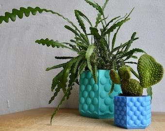 Bubble Textured Plant Pot- Plant based plastic - Eco - 3D Printed - Planter - Hanging Planter - Gift - Present - 5 to 18 cm Pots