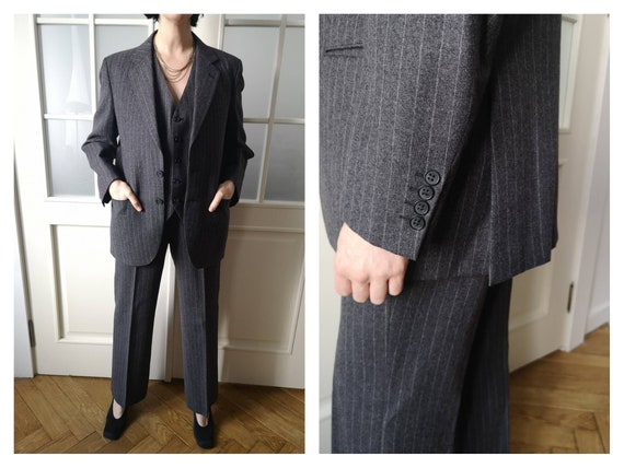 Vintage 70s Men's Grey wool striped suit three-pie