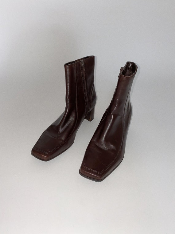 Vintage '90s Brown Ankle Boots
