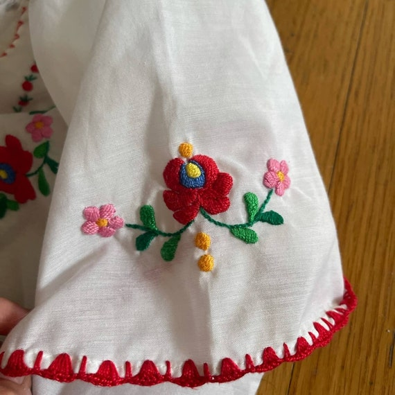 Vintage Hungarian Embroidered Peasant Blouse - image 10
