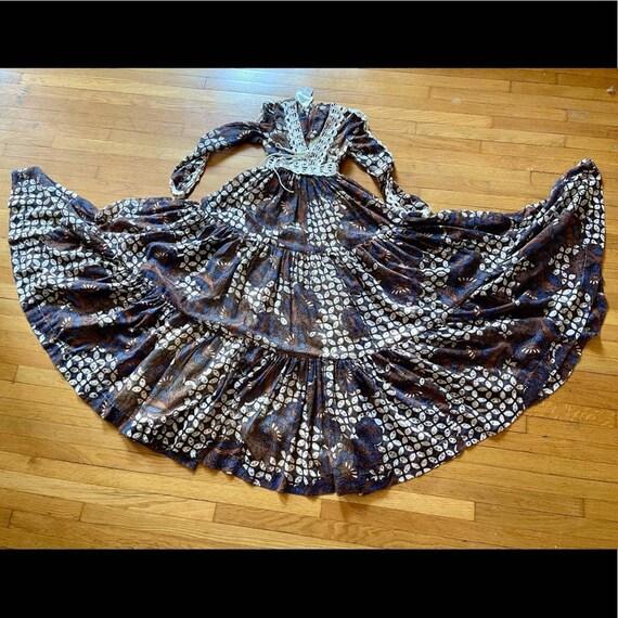 70s Vintage Batik Print Gunne Sax Prairie Dress - image 5