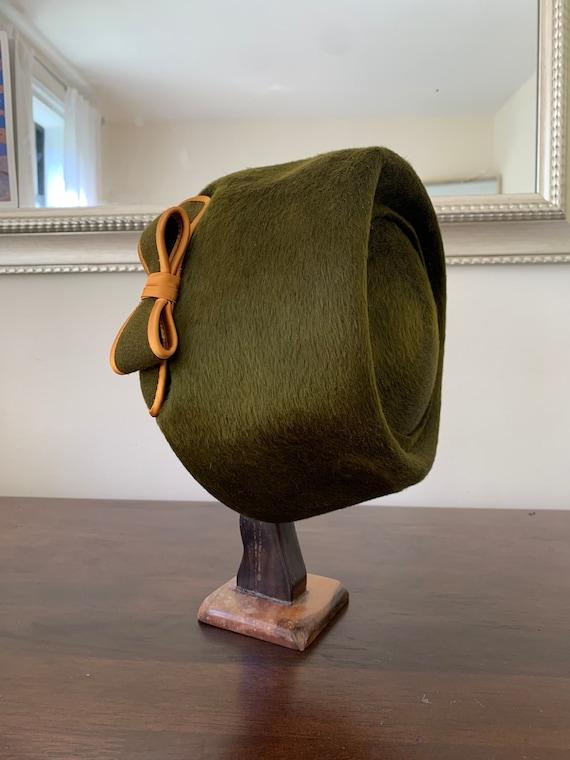 Elsa Schiaparelli vintage beaver fur hat - image 4