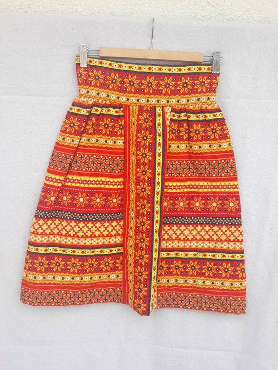 Vintage Lanz Original Quilted Mini Skirt 1960s 19… - image 2