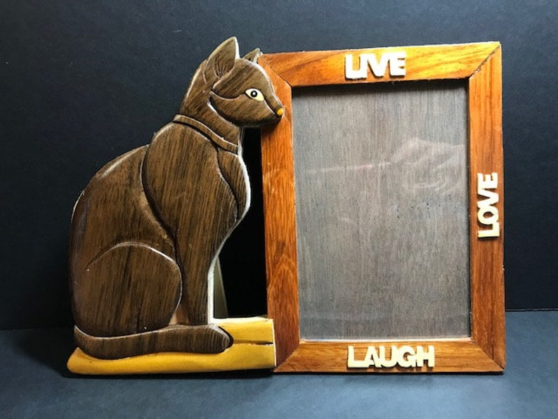 Beautifully hand crafted 3 dimensional Intarsia Wood Art KITTY CAT Picture Photo Frame