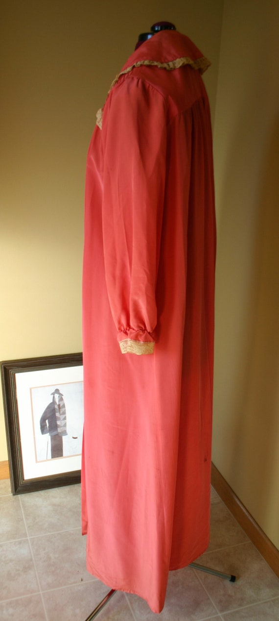 1940s Salmon Maxan pegnoir robe negligee - image 5
