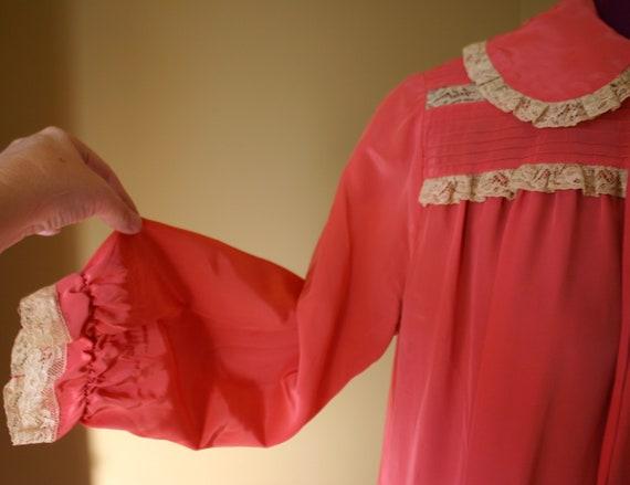 1940s Salmon Maxan pegnoir robe negligee - image 6