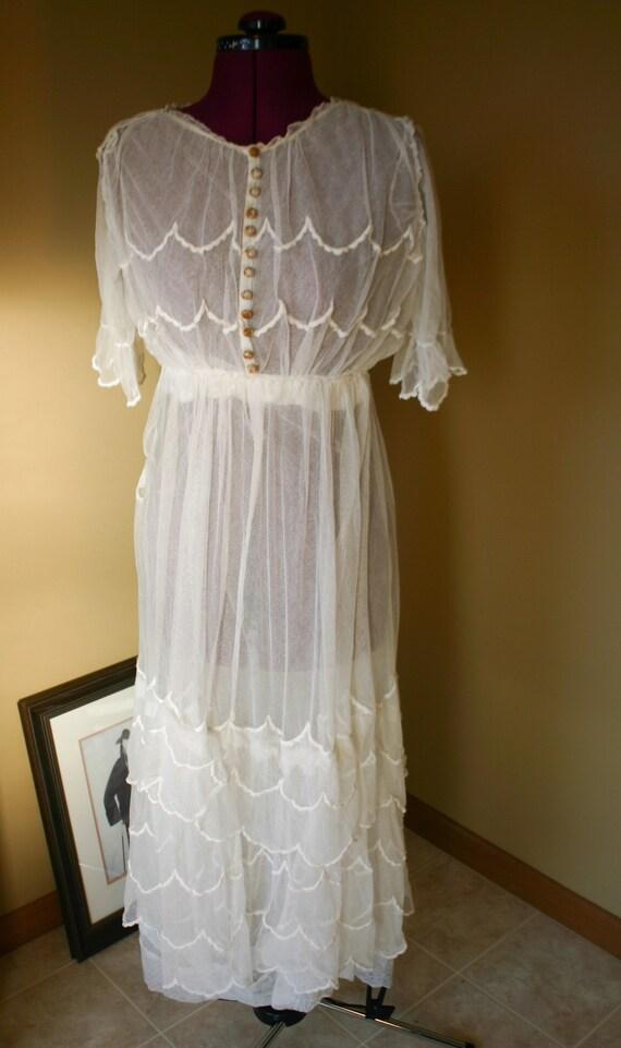 1900s Edwardian white cotton lawn dress, tea gown
