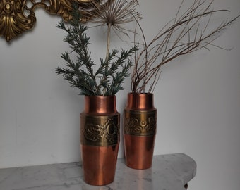 Vintage French, Beautiful old copper vases and designated with enhanced brass, Vintage Vase French Laiton and Copper, Ancient Vases
