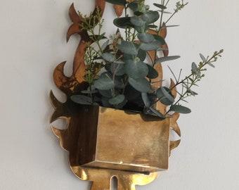 Unique, Vintage Shabby Small multi-purpose decoration, Vintage Laiton Massive Box, Vintage Brass Pot, Soliflore in Vintage Brass