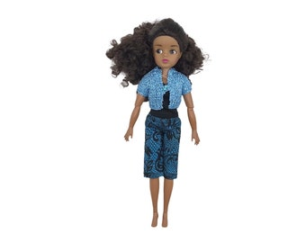 Blue Short Sleeve Knitted Crop Top for Sindy, Barbie and Kruselings dolls