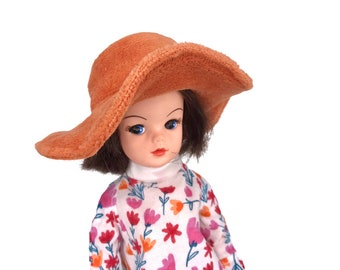 Hat for Sindy dolls