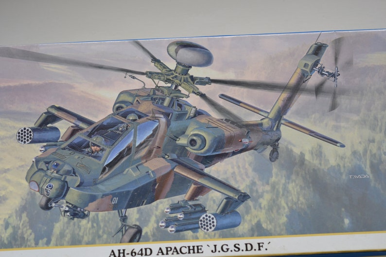 Kit #597 Model AH-84D APACHIE Helicopter J.D.S.D.F