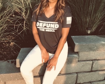Women's Defund the Media relaxed v-neck