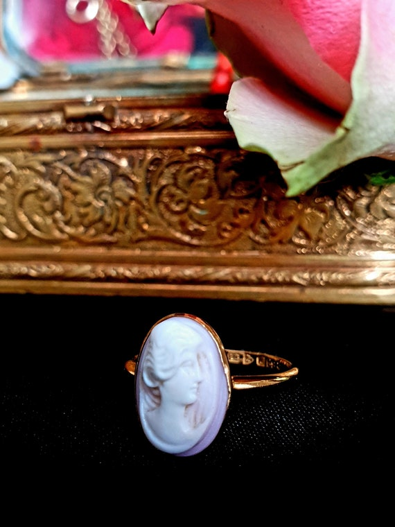 18ct Golden Cameo ring in dusty pink 1914