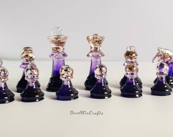 Chess set with chess board(32 Pieces),Custom resin colorful chess pieces, chess Player, pretty handmade chess set