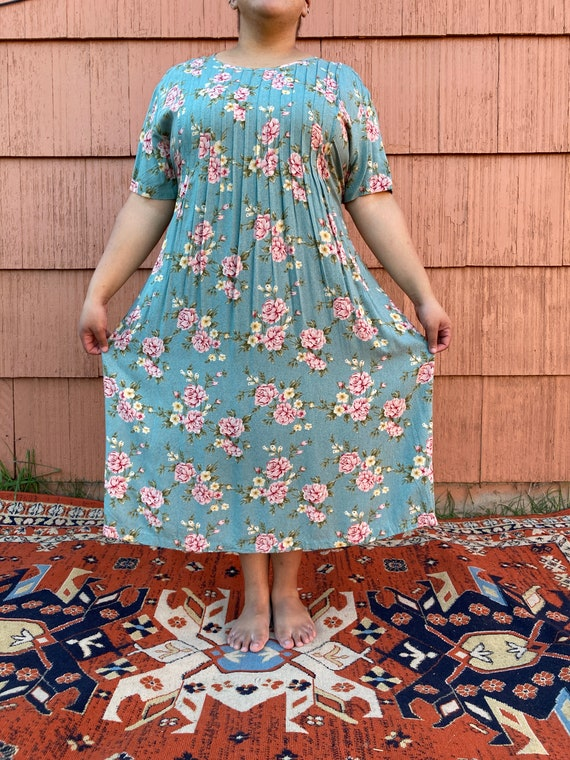 Front Pleated Rayon Floral Dress//XL-3X