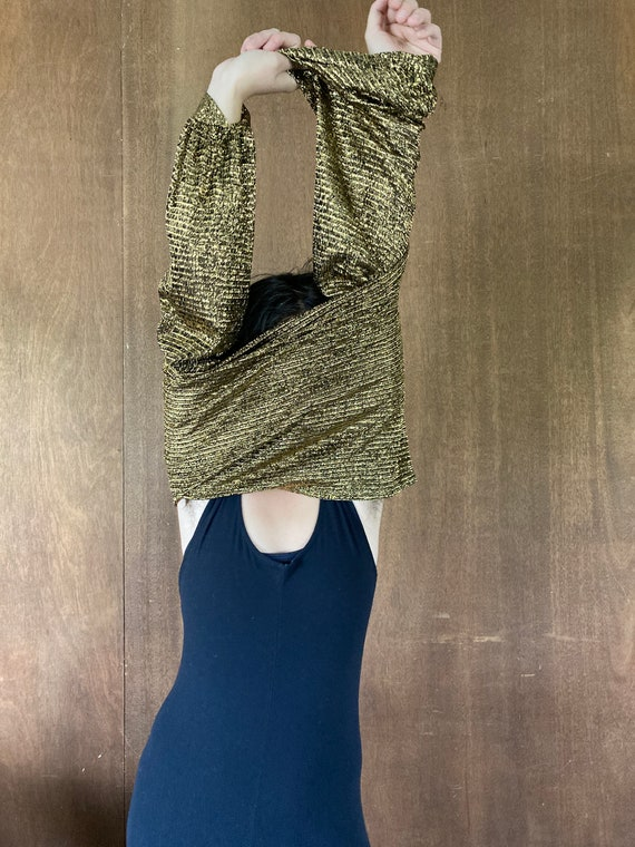 Sparkly Stretchy Gold Puffed Shouldered Cropped T… - image 2