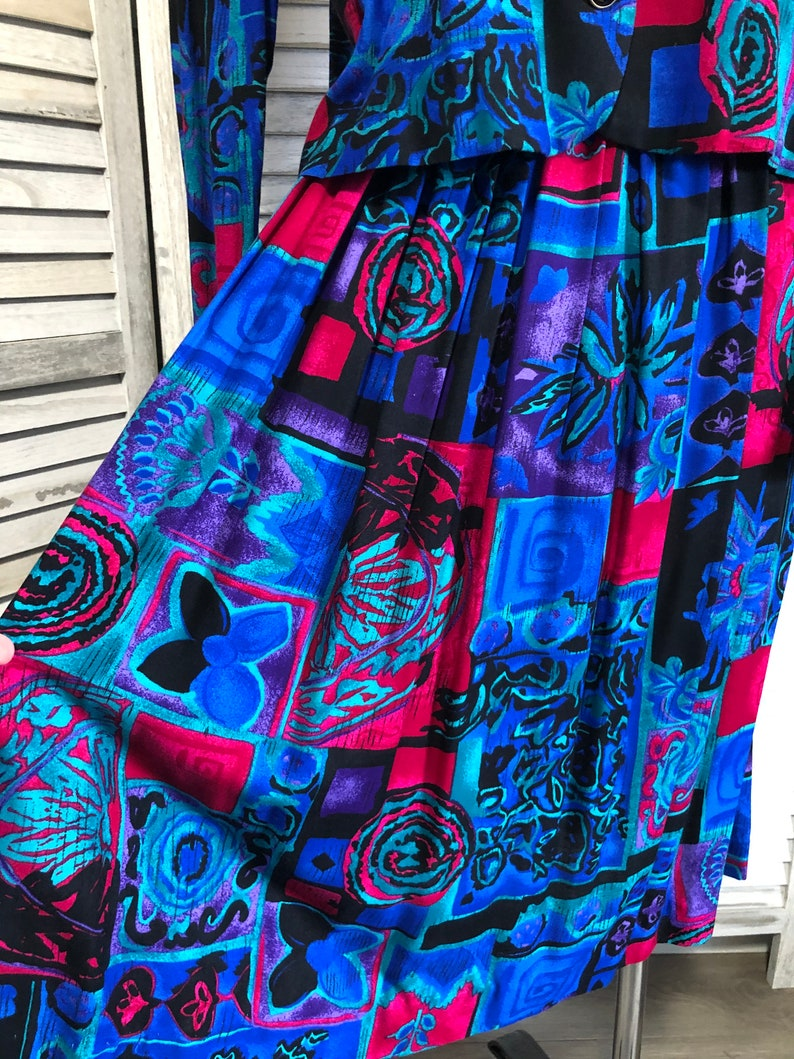 Vintage Special Effects Pleated Skirt Outfit  80s Bright Colored Pleated Rayon Skirt with Blouse  80s Outfit  Elastic Waist Pleated Skirt